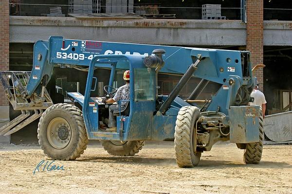 Masonry Construction Support